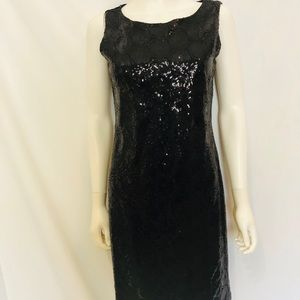Black, blinged out beauty! Made in Canada,size M